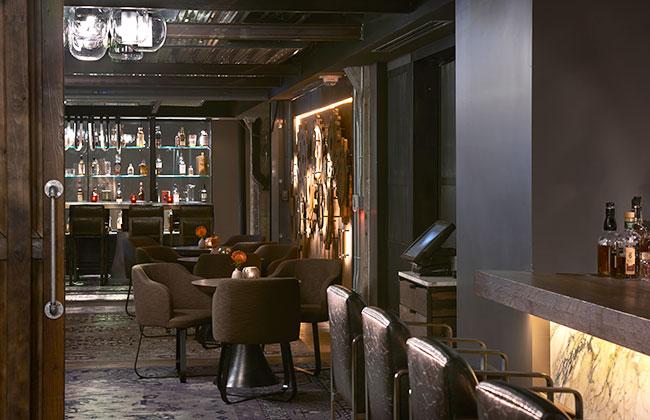 hotel Zelos bar