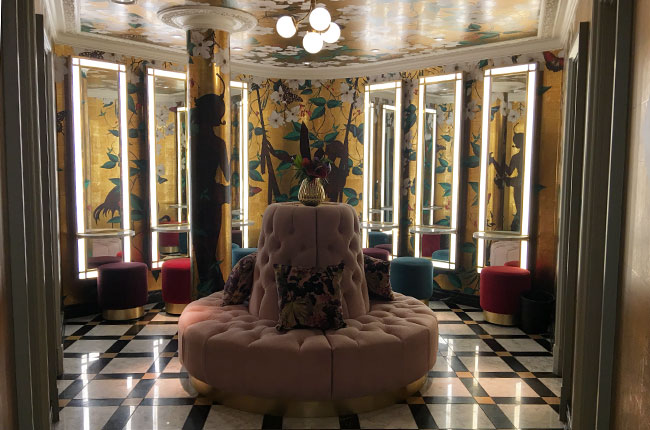Luxurious Brighton  washroom design