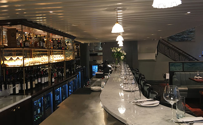 Veneta St James London Bar design